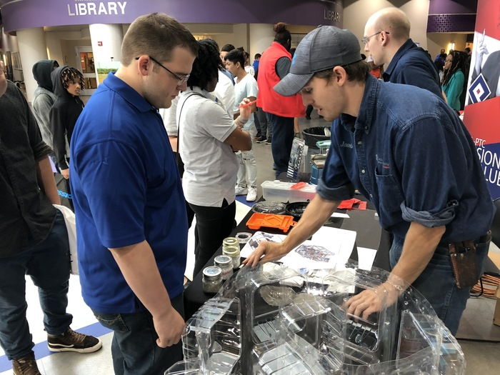COE Students At Manufacturing Trade Show